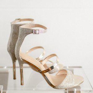 Jewel Badgley Mischka Women Rihanna Heels 7.5 NWOB